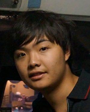 headshot of Donald Li